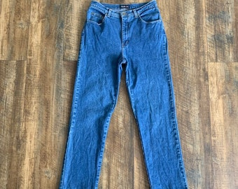bb689c71d9 Vintage 90s Clothing Style   Co High Waisted Blue Denim Mom Jeans Size 8