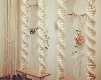 INDOOR Macrame Swing, Macrame Hanging Chair, Macrame Rope Swing, Bedroom Hanging  Chair, Wedding Decor, Photo Shoot Prop