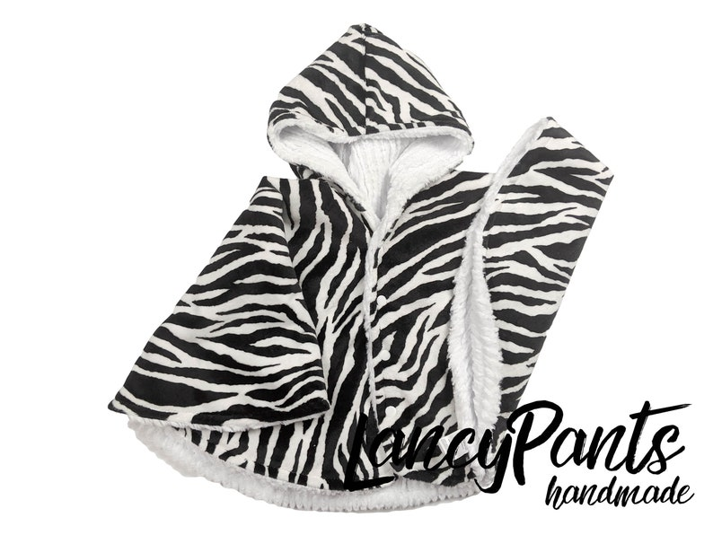 Made to order reversible double minky zebra stripe kids car image 0