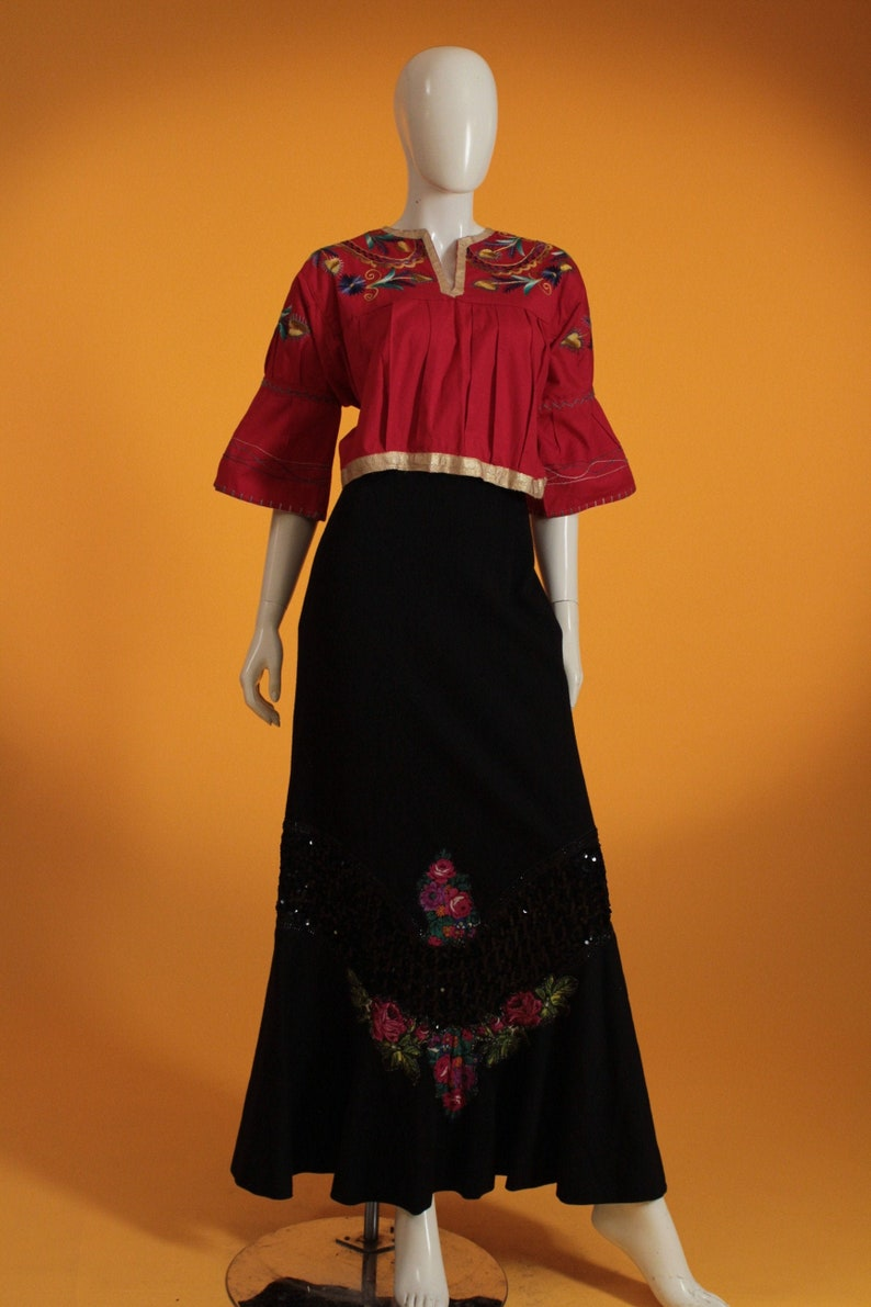 Frida Kahlo Mexican Style Vintage 1970/'s Heavy Bead Sequin and Floral Appliqu\u00e9 Black Wool Maxi Skirt by /'Hauser/' UK Size 8 US 4
