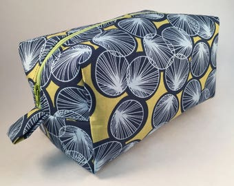 Blue Green Lily Pads Print Large Toiletry Bag - Lily Pads Cosmetic Bag - Cute Zipper Bag - Blue and Green Toiletry Bag Oilcloth