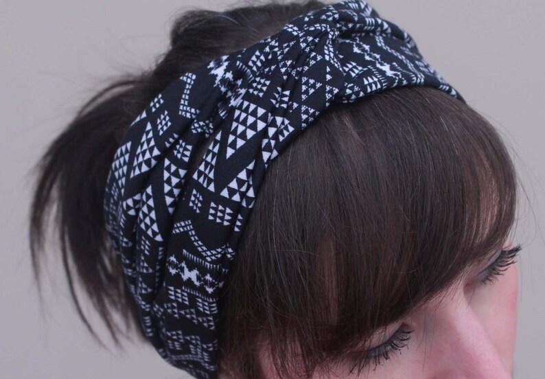 Stretchy Turban Headband - Black White Triangles Aztec Stretchy Headband -  Yoga Headband - Workout Headband - Hair Accessory