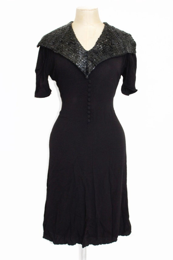 Late 1930s sequin collar crepe dress || Early 1940