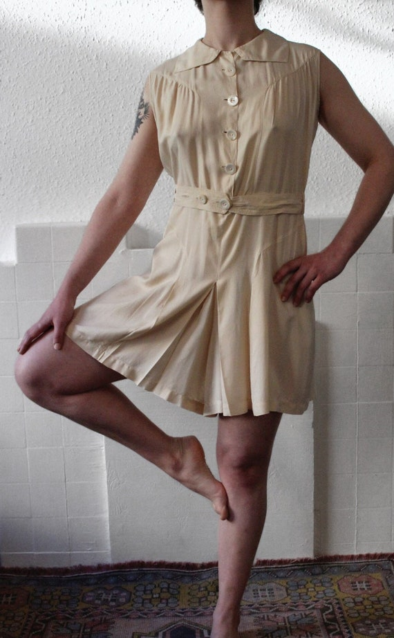 1940s white playsuit    Late-30s/early 40s cream s