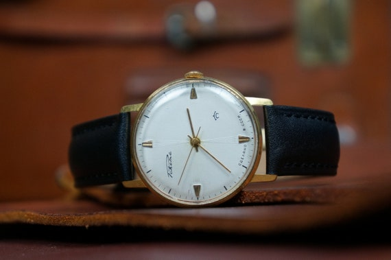 Vintage watch, Mens watch, Watches for men, RAKETA