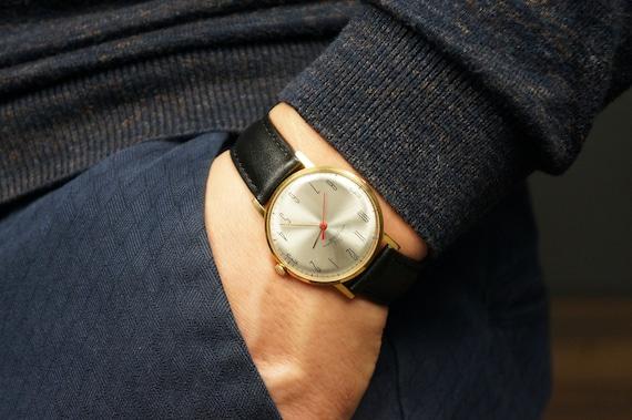 Luch watch, Best vintage watch, Classic watch men,