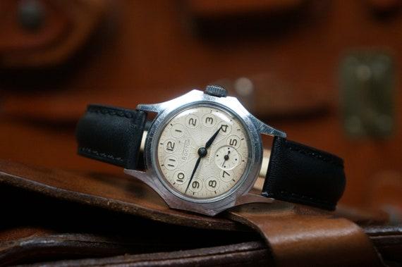 Vostok watch, Minimalist watch, Mens watches vinta