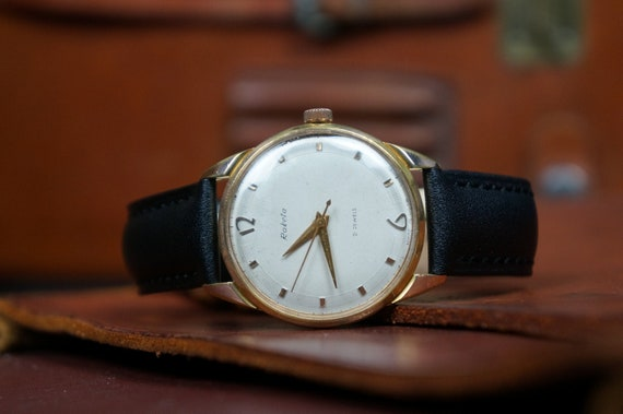 Raketa watch, Minimalist watch, Watch raketa, Slim