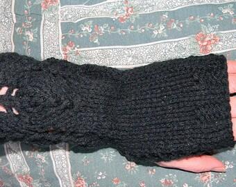 Three Flame Fingerless Gloves knit pattern