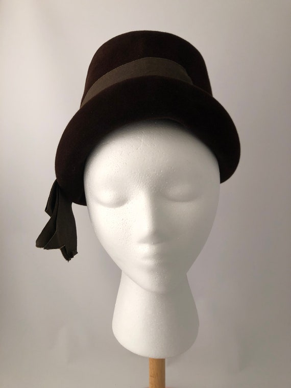 Ladies vintage hat, 1940's hat, Brown felt hat, La