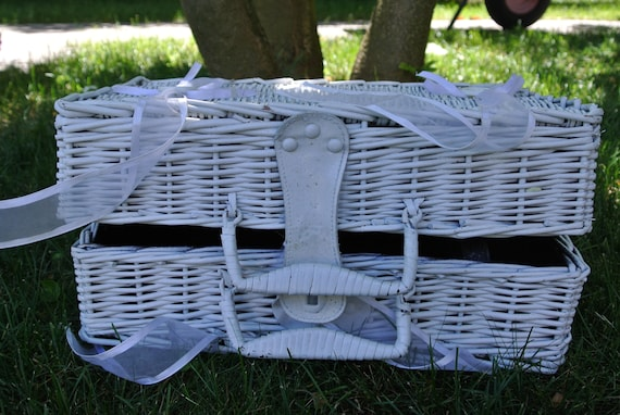 Wicker basket - Picnic - country basket - wicker b
