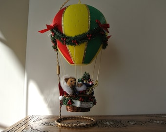 Hot air balloon with support - Musical - Happy Holidays - Christmas - holiday