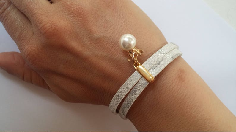 Unique pearl bracelet Snake Leather Wedding jewelry PU Leather Custom bracelet for bride Mother of bride gift White Silver wrapped bracelet