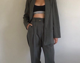 c8aec54750af 80s pant suit / vintage slouchy woven gray oversized rayon pant suit /  plunging single button blazer high waisted paperbag waist pants S M