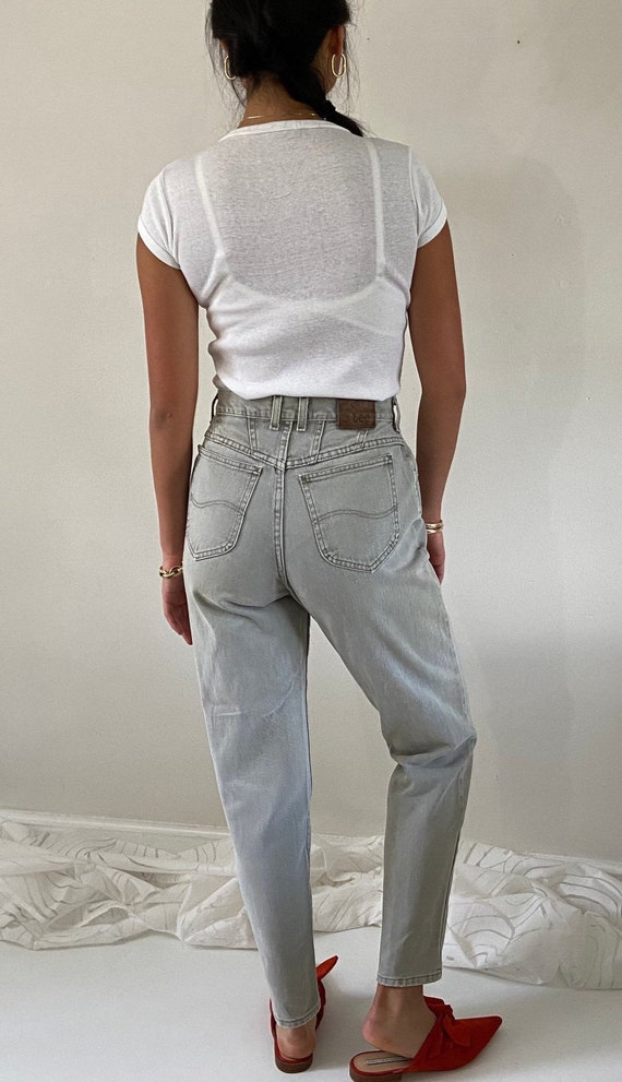 90s sage Lee high waist jeans / vintage pale gray