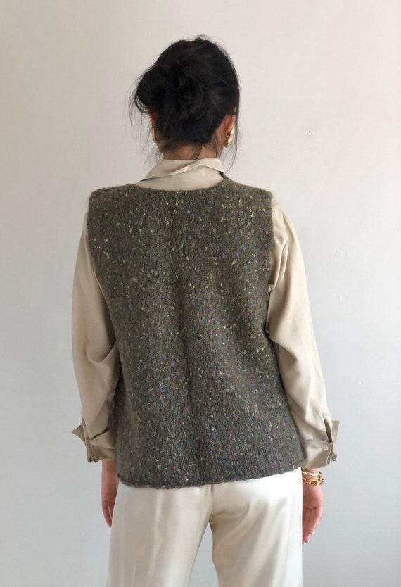 90s hand knit sweater vest / vintage olive handkn… - image 7