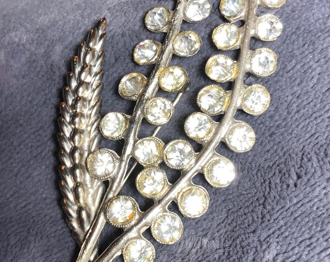 Antique 1930 era rhinestones and rhodium floral brooch