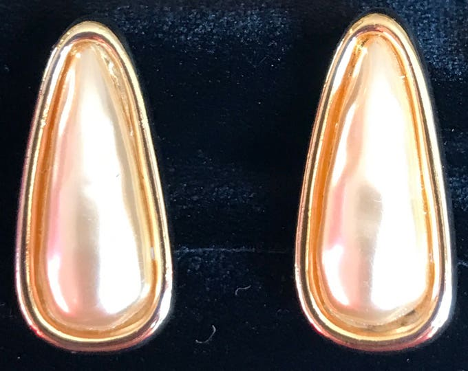 Napier gold and faux pearl screw/clip earrings