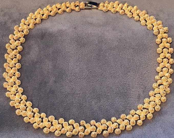 Gold plated bee hive choker chain