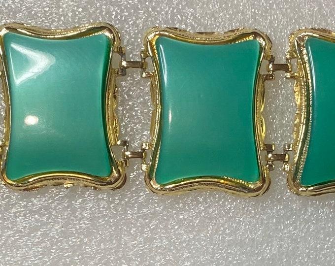 1950's moonglow spearmint green bracelet.