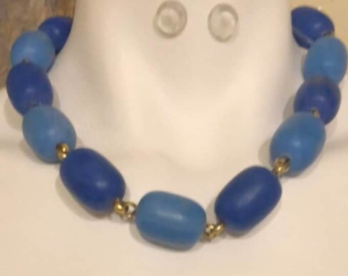 Vintage two tone blue chunky bead and chain necklace