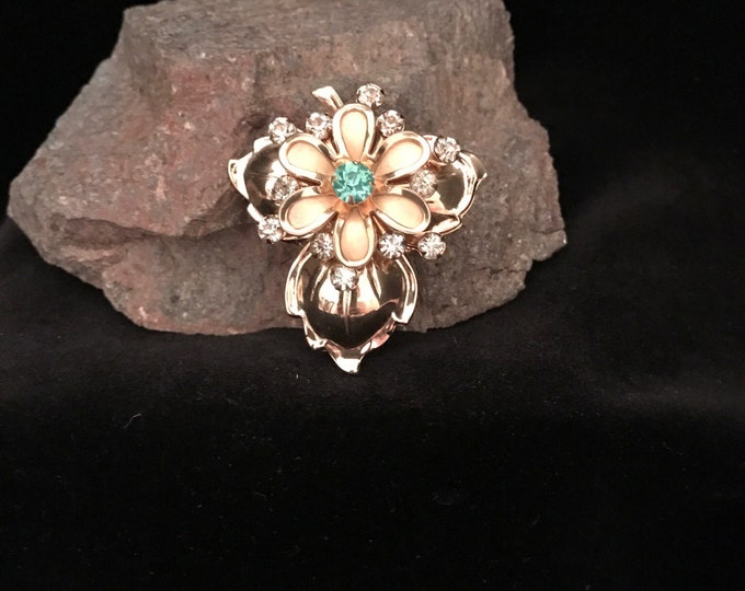 Vintage, Juliana, D&E style, gold and rhinestone brooch