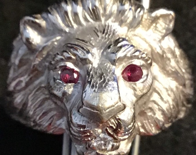 Lion head 10KGP ring size 11, signed, Love Story