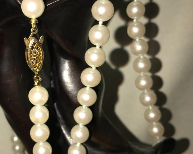 "52"" vintage faux pearl knotted necklace"