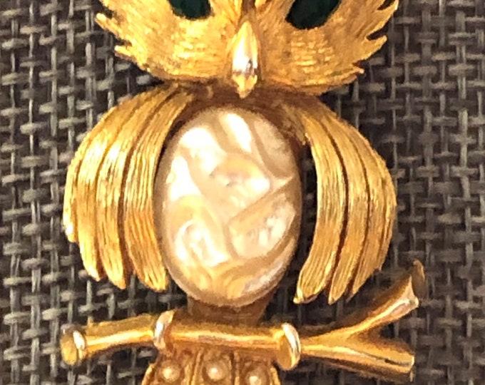 JJ Bejeweled owl brooch