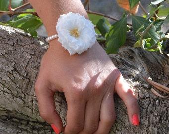 Preserved flowers bracelet Louise for your wedding, flower bracelet