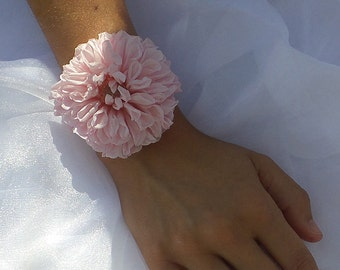 Preserved flowers bracelet Lou for your wedding,  flower bracelet, bridal or bridesmaid bracelet, bridesmaid presents,