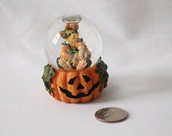 Kitten on a Pumpkin Snow Globe - the Purrstone Collection