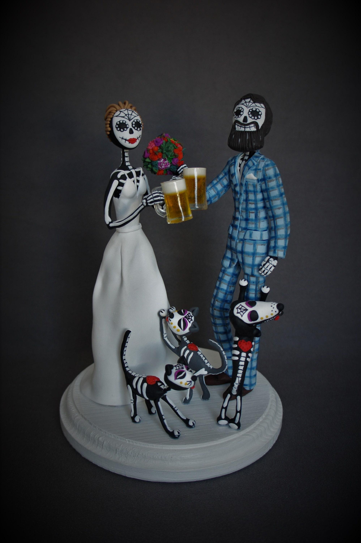 DIA DE LOS MUERTOS DAY OF THE DEAD WEDDING COUPLE HOLDING HANDS STATUE