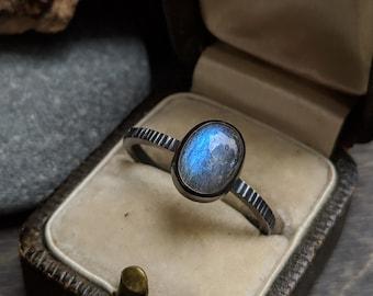 035eaa2e2 Vibrant Blue Flashy Labradorite Textured Ring Size 9.5