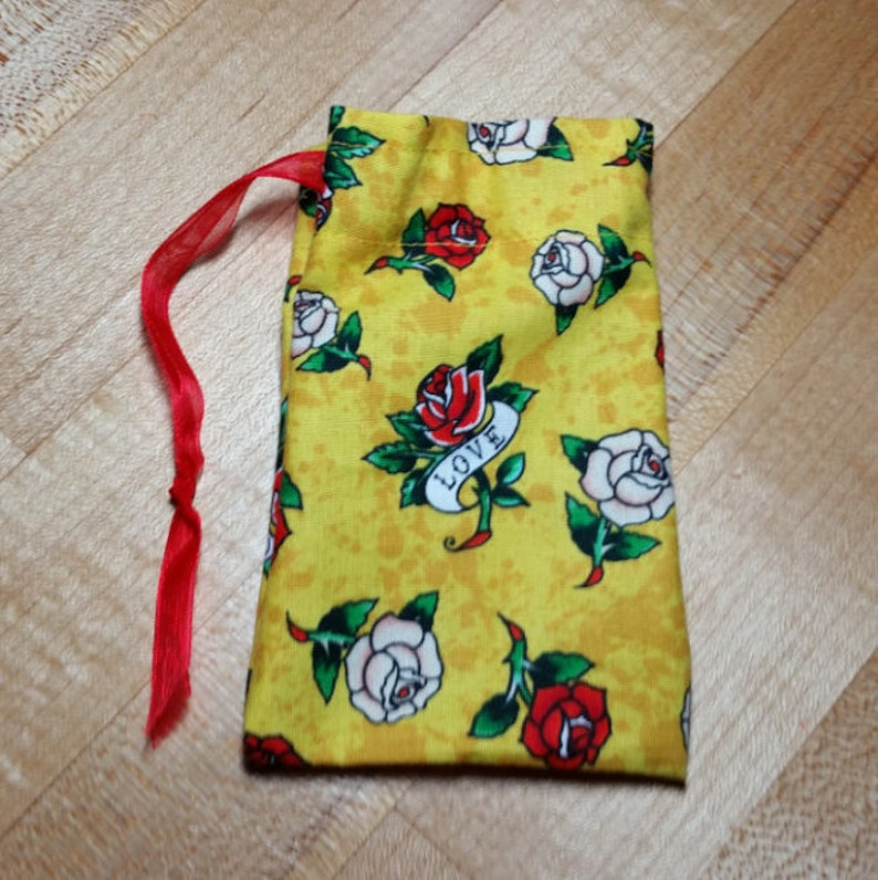 iheartpinbags.com Belle Beauty and the Beast Rose Princess Disney Inspired Drawstring Goody Party Gift Token Treat Fish Extender Pin Bag