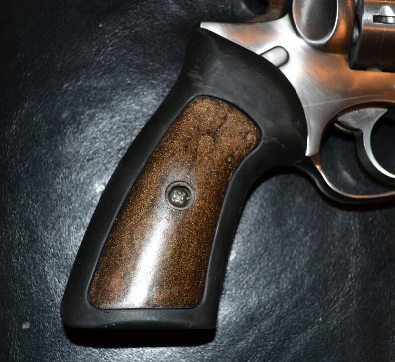 Ruger GP100 pistol grips insert panels dark brown