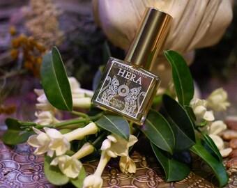 Hera • Botanical ritual scent - Sweet floral, honey myrtle, osmanthus, beeswax • Greek mythology • Hellenism