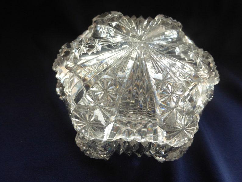 ede03f54b5 Bibelot Vintage coupe en verre avec couvercle plat bijou orné | Etsy