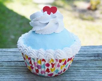 Heart Cupcake (fake)