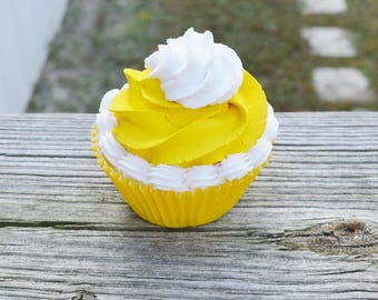 Yellow Cupcake (fake)
