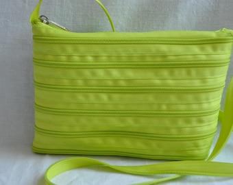green bag Apple 21 cm x 16 cm, handle-115 cm