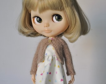 Soft fluffy knitted cardigan for Blythe doll,beige, sale, clothes for custom doll