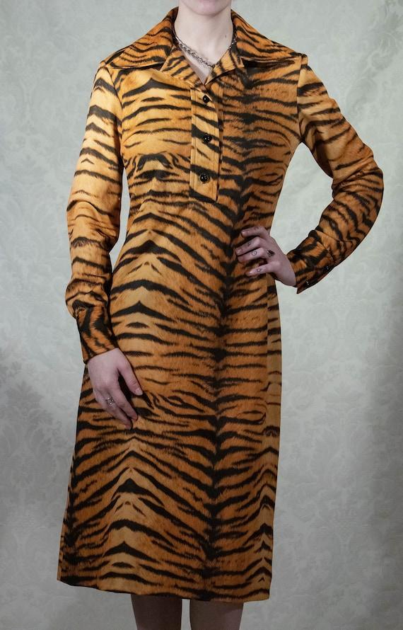 70s Polyester Dagger Collar Tiger Print Dress By D
