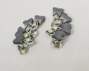 d6c42bbe4fe65 Vintage gray moon glow and ab rhinestone clip on earrings