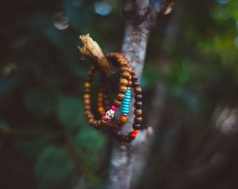 Skull wooden bead bracelet set