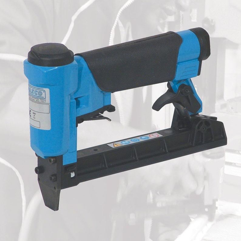 Fasco 71 Series Tacker and Staple Gun image 0