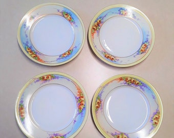 Set of Four Vintage Lorenz Hutschenreuther (Selb, Bavaria) Porcelain Plates, With Hand Painted Flowers