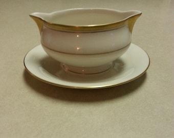 Vintage Theodore Haviland New York Porcelain Gravy Boat, in Oxford Pattern, Made in America