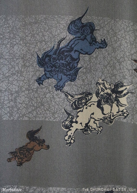 Antique silk kimono robe, mens Foo Dog dressing g… - image 3