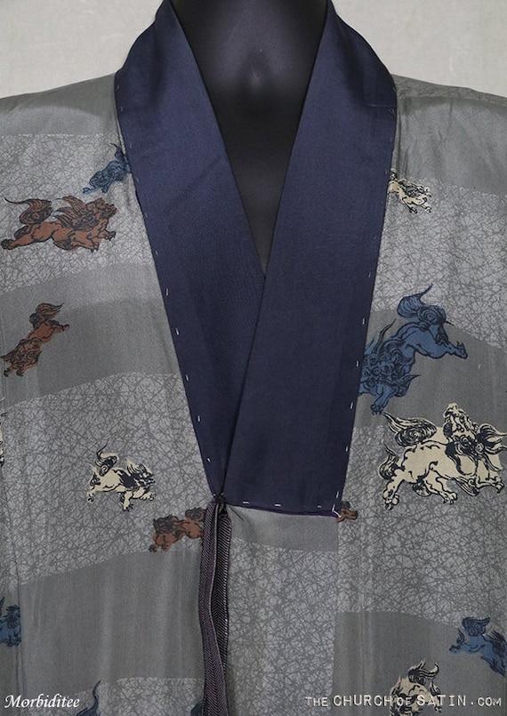 Antique silk kimono robe, mens Foo Dog dressing g… - image 2